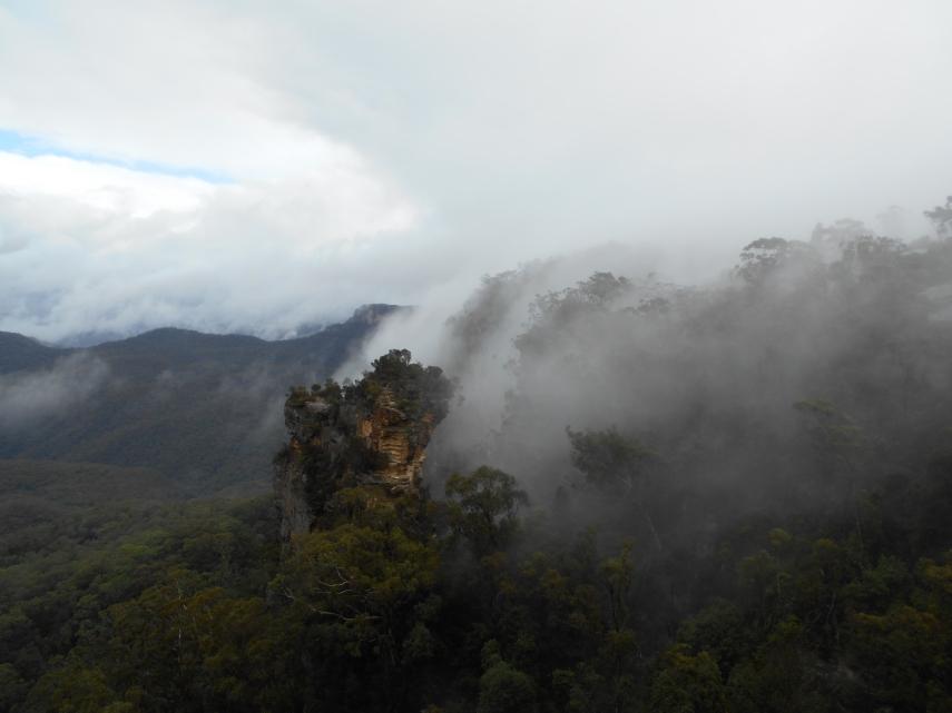 Blue-Mountain-National-Park-aufhellend